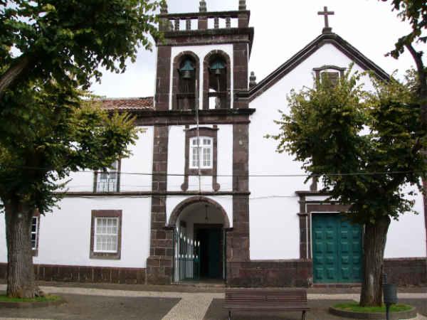Das Rathaus der Stadt Vila do Porto
